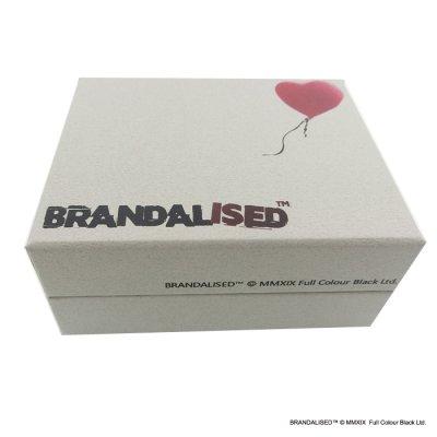 """画像2: [ブランダライズド 公式コラボアクセサリー] Banksy """"Bandaged Heart"""" Hair tie/バンクシー バンデージドハートヘアゴム【FatimaDesign×BRANDALISED™】"""