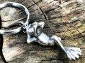 ガッシュ/【シルバー キーホルダー】のんびりカエルのキーホルダー|gush